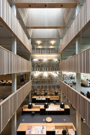 Foto: Bibliothek der University of Roehampton, Whitelands Foyer