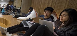 Students in Sorrells Library at Carnegie Mellon University