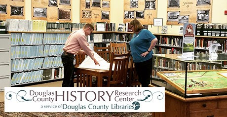 Blake Graham y Shaun Boyd en el Douglas County History Research Center