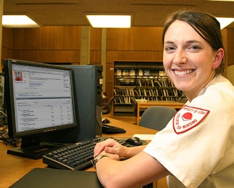 Nursing student looking up books on WorldCat.org